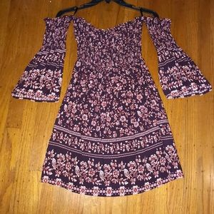Dresses & Skirts - Strapless Bell Sleeve Dress NWT